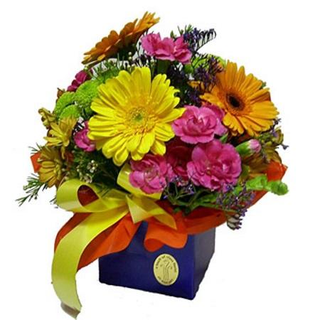 thumb_flores_com_presente